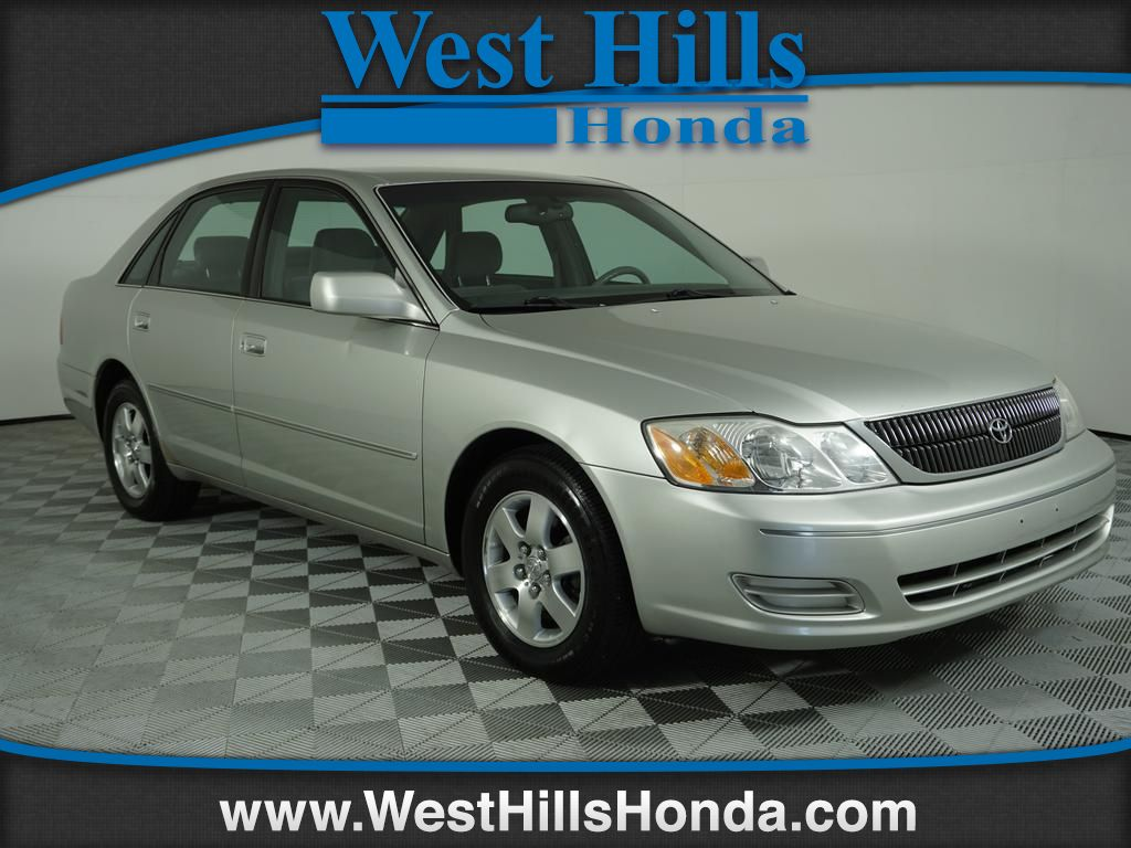 Pre Owned 2000 Toyota Avalon Mcv20l Xl